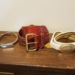 Accessories - Bundle of Vintage belts leather & stretch small